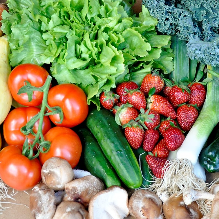 A variety of Seasonal Roots found in a veggie lover basket