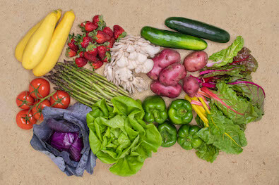 A variety of Seasonal Roots found in the Veggie Lover basket